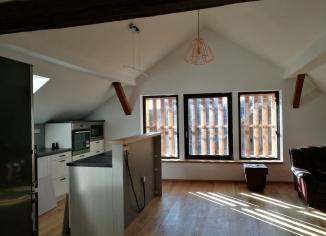 Interiér dřevostavby domu v Hluboké u Kunštátu